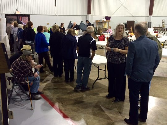 The line at Precinct 7-1 at Pomona Baptist Church in Dickson on Tuesday morning.