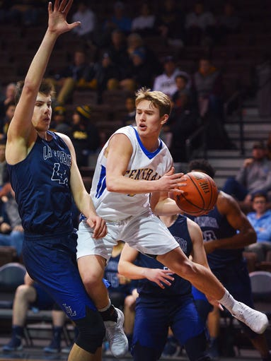 Aberdeen's Nathan Rook pushes past La Lumiere (Ind.)