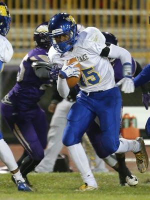 St. Clair Shores South Lake's Jerodd Vines in a game in 2015.