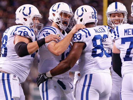 Indianapolis Colts tight end Dwayne Allen (83) celebrates