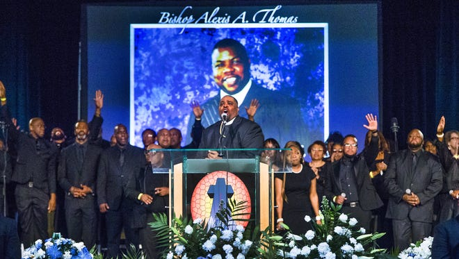 """Several thousand people attend """"A Celebration of Life and Legacy"""" for Bishop Alexis A. Thomas at the Phoenix Convention Center, Monday, Jan. 29, 2018. Thomas was the senior pastor at Pilgrim Rest Baptist Church for 33 years."""