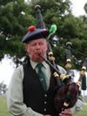 Bagpipes and Irish music will be part of the St. Patrick's Day Parade and Party festivities in Oshkosh Saturday.