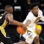 Iowa men's basketball stomps Alabama State to get to 2-0 on the season