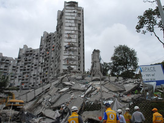 colombia building collapse