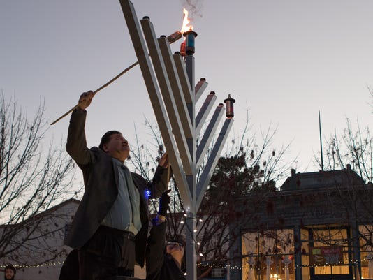MENORAH-LIGHTING1.jpg