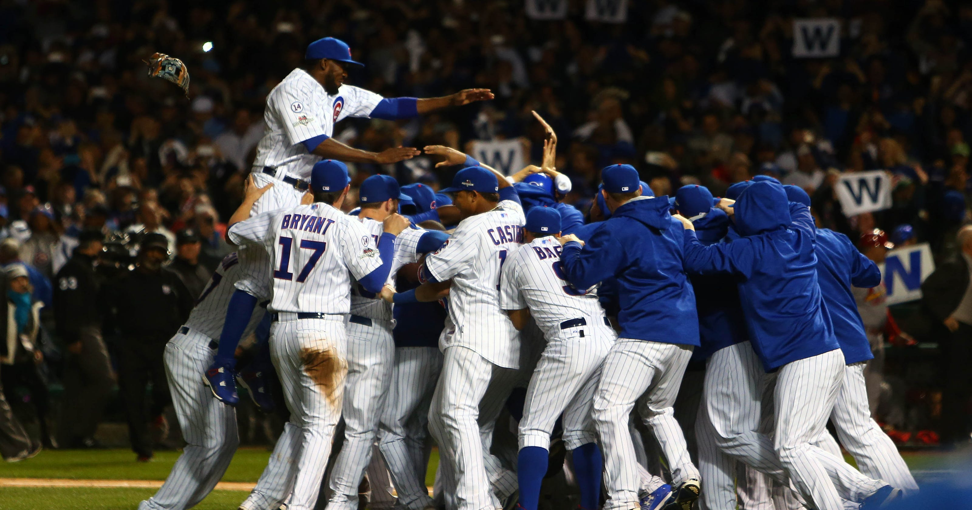 cubs knock out cardinals, advance to nlcs with wrigley party