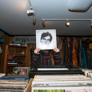 Vintage And Vinyl Reign In Salisbury Antique Shop