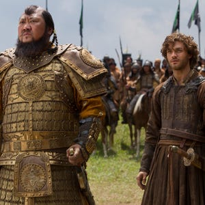 describe the relationship between kublai khan and marco polo