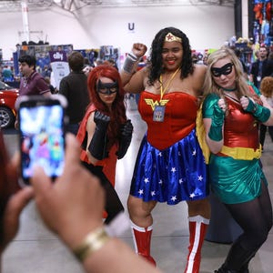 Motor City Comic Con from A (Neal Adams) to Z (Ian Ziering)  Comiccon