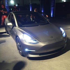 end in sight for tesla buyers to get federal tax credit. Black Bedroom Furniture Sets. Home Design Ideas