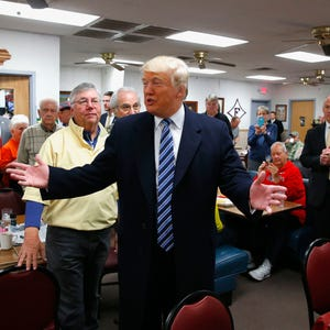 Why Voters Are Angry Part I >> Trump says he could 'run the table' if he wins South Carolina
