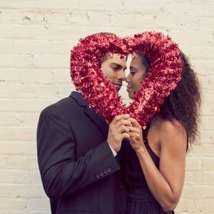 Valentines Day At Trader Rose >> 11 places to get a dozen Valentine's Day roses under $20 in Nashville