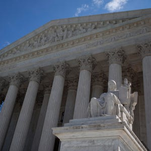 Supreme Court says class action lawsuits can survive compensation ...