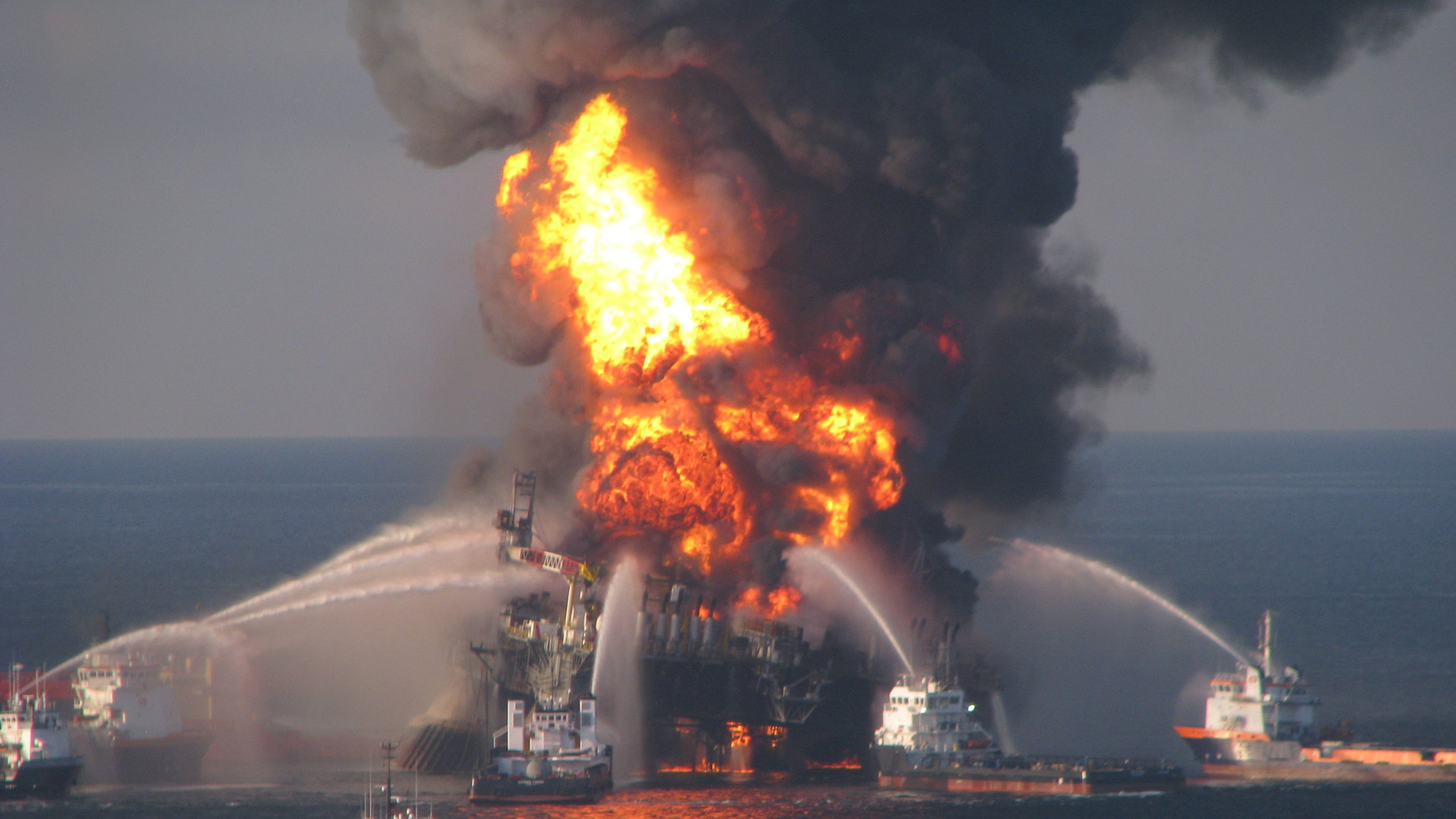 BP starts to pay medical claims in 2010 Gulf oil spill