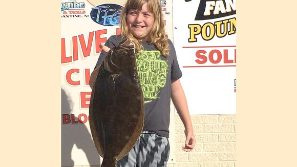 The fish are getting nervous one again as Joe Jr opened his fishing season back up again. Not only is he getting ready to show the fish who is boss but his daughter is following in his steps as she was able to nail a nice 6 lb flounder this morning while fishing with Dad.