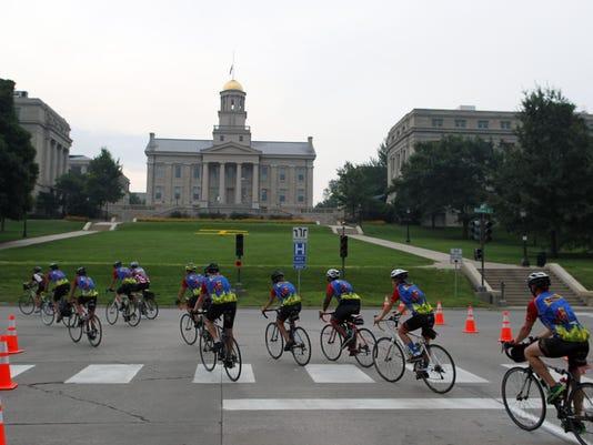 RAGBRAI cyclists, Iowa City capital