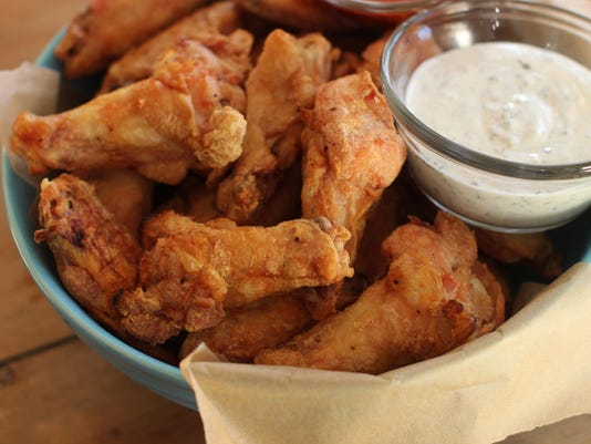 Food Super Bowl Chicken Wings (2)