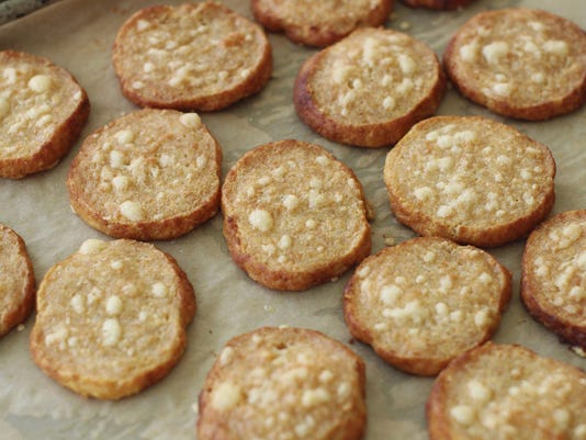 Food KitchenWise Best of Cheese Crackers (3)