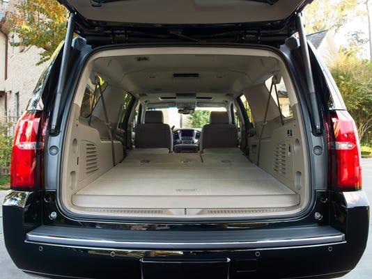 2018-Chevrolet Suburban-006