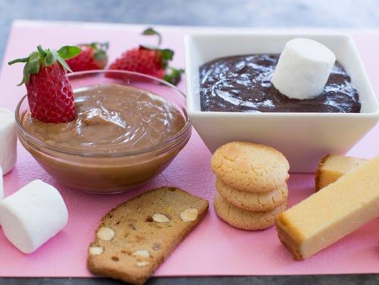 Food Valentines Day Fondue