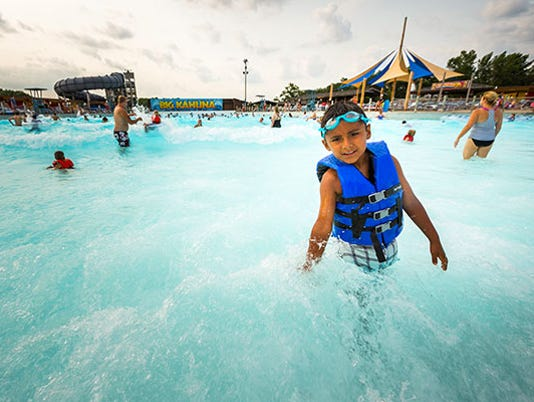 636687418066353356-Playing-in-the-Big-Kahuna-at-Noahs-Ark-Waterpark-Photo-Cred-to-Travel-Wisconsin-.jpg