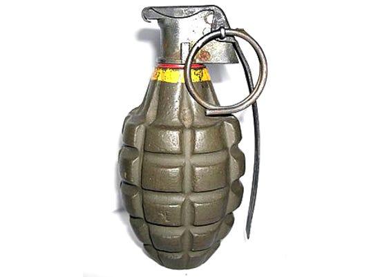 635639261787344429-hand-grenade