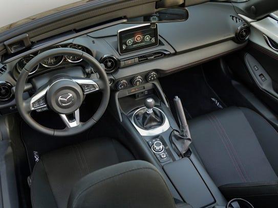 Autos: Mazda MX-5 Miata Grand Touring del 2016