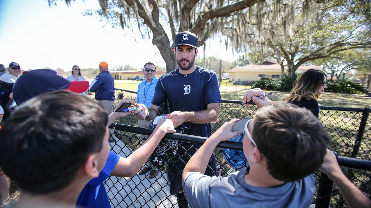 Justin Verlander the main attraction as Tigers pitchers report