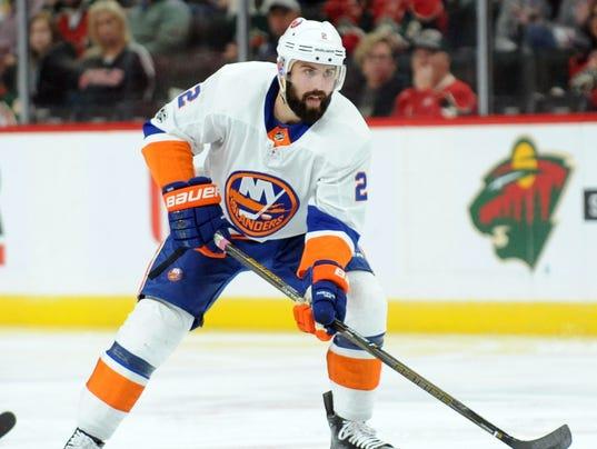 USP NHL: NEW YORK ISLANDERS AT MINNESOTA WILD S HKN MIN NYI USA MN