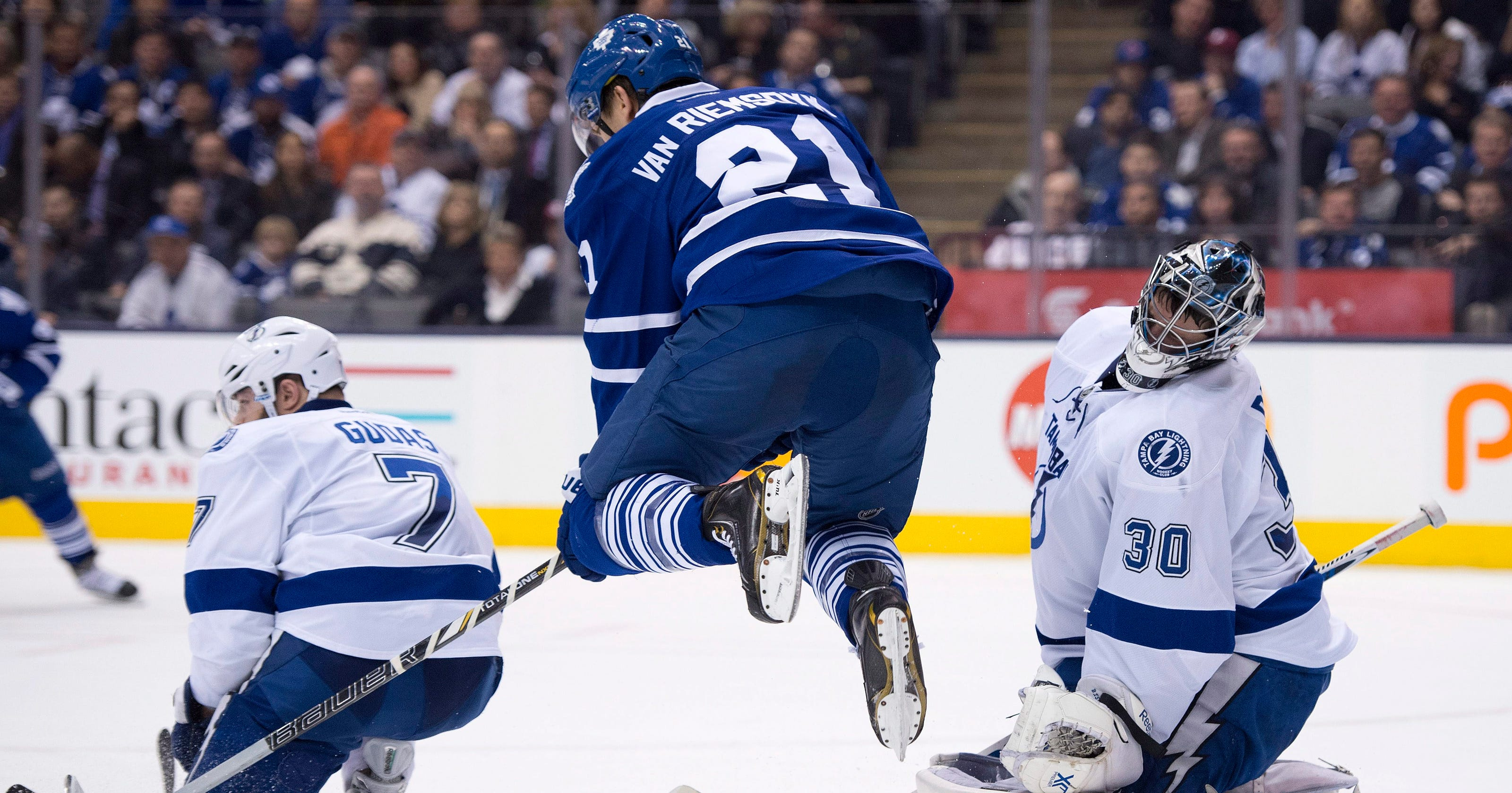 wholesale dealer 7f6f9 ce968 Stamkos' hat trick leads Lightning past Leafs