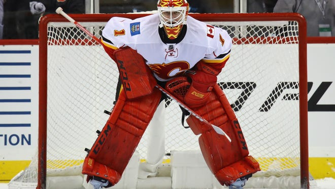 Brian Elliott didn't have great numbers with the Calgary Flames last season. The Flyers reportedly have a deal in place with him for when free agency opens Saturday afternoon.