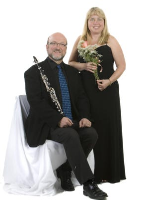 Clarinetist Timothy Perry and pianist Margaret Reitz will perform Sunday at Phelps Mansion Museum in Binghamton.