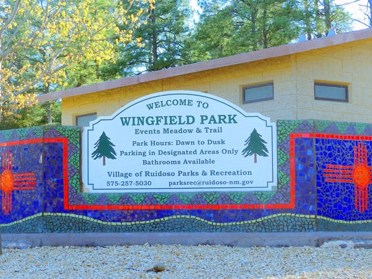 wingfield-park-sign