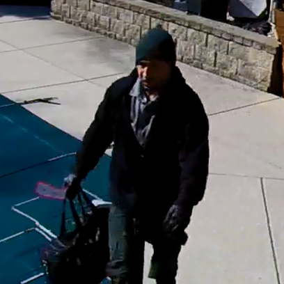 Thousands of dollars worth of jewelry stolen from Brookfield residence