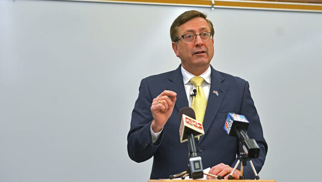 Sioux Falls Mayor Mike Huether speaks during a press conference Monday, Dec. 19, 2016, at the Downtown Branch of the Siouxland Libraries in Sioux Falls.