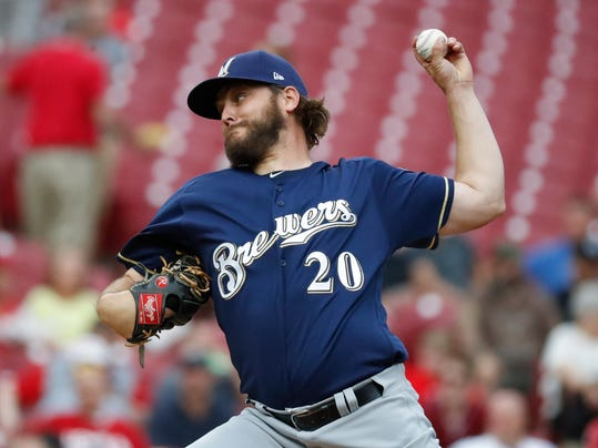 Brewers_Reds_Baseball_67086.jpg