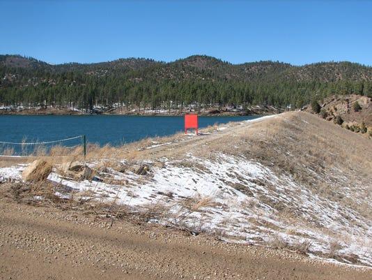 earthen-dam.JPG