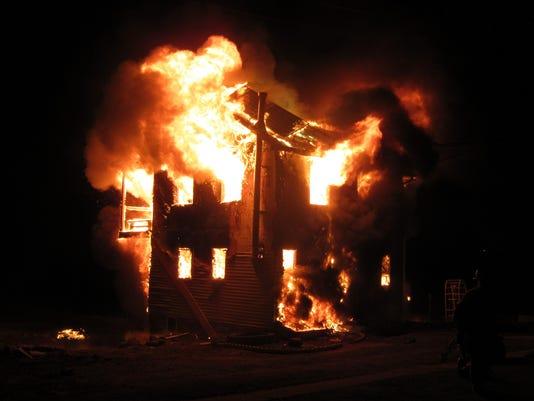 LDN-SUB-022217-Heidelberg Amish fire