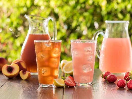 636391082979579832-toojays-peach-tea-strawberry-lemonade.jpg