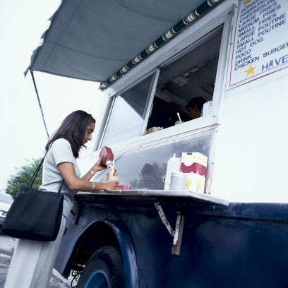 Montgomery begins downtown food truck experiment