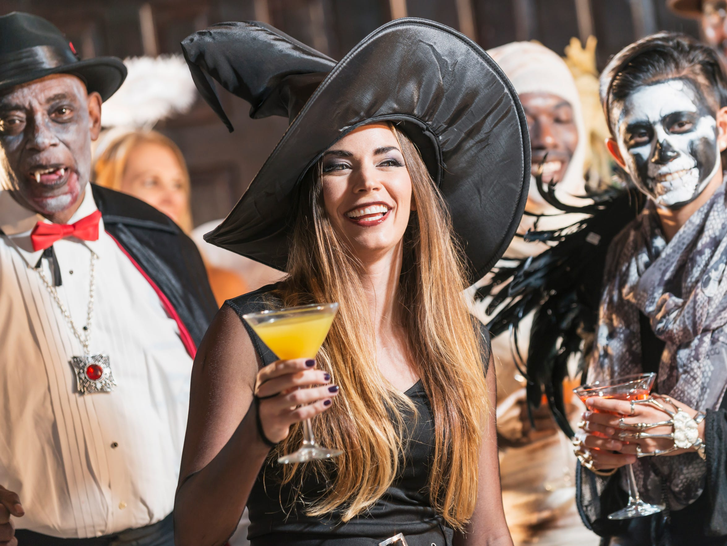 The Game II, Extra Innings, 4131 Northrise Drive,will host a Booze & Boos Costume Party from 7 p.m. to midnightFriday, Oct. 27.
