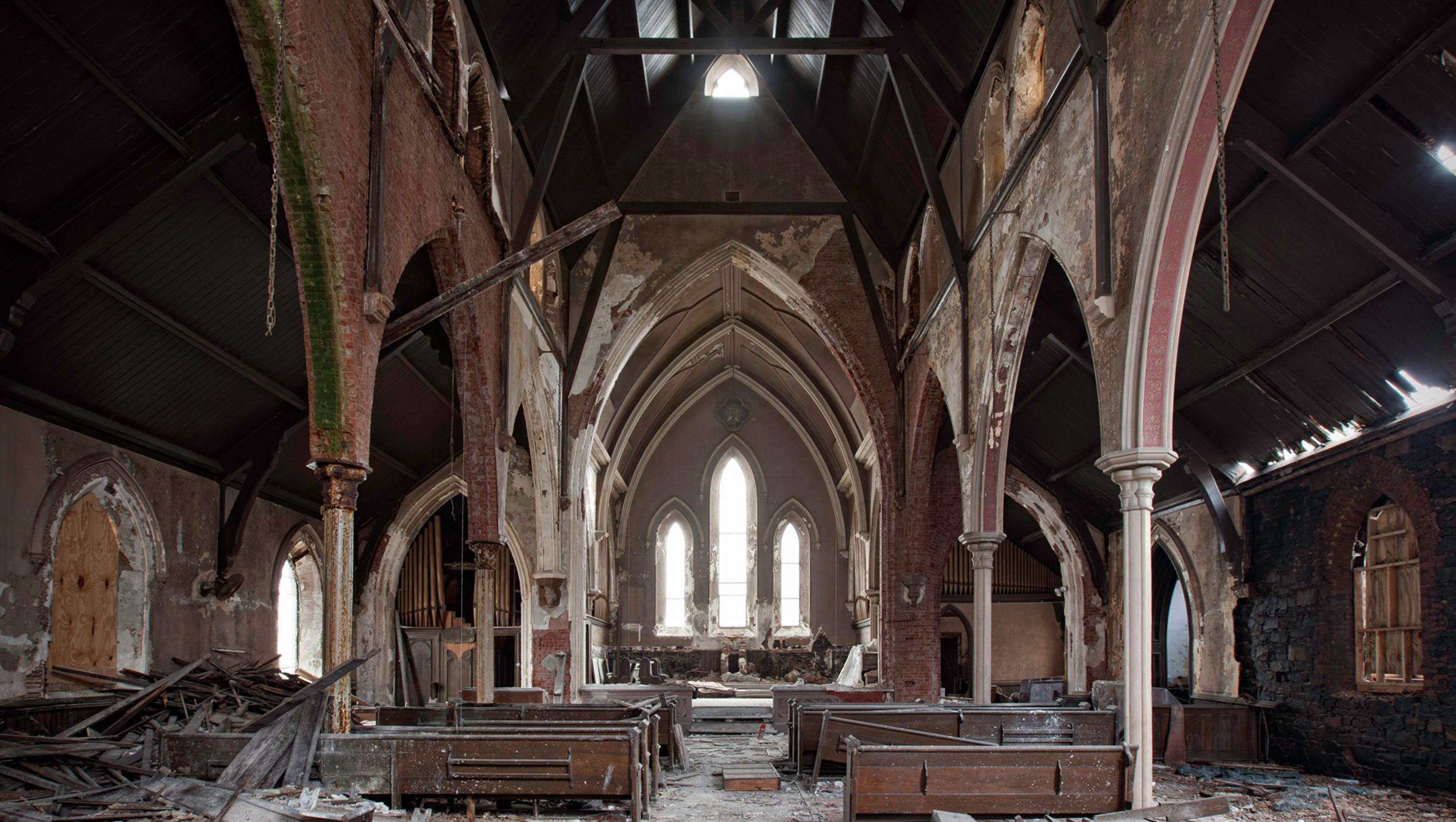 Abandoned america churches in states of decay for Stahlwandbecken 3 60 x 0 90