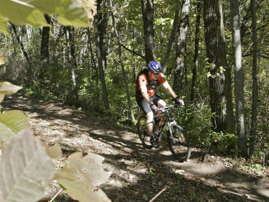 The John Muir trails at the Kettle Moraine State Forest feature five loops.
