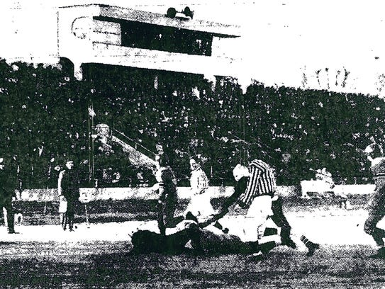 A photo from the 1945 game between Missouri and Missouri