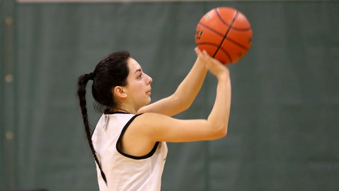 Lakin Susee, a Kennedy High School graduate, practices with her women's basketball teammates at Chemeketa Community College in Salem on Tuesday, Jan. 17, 2017.