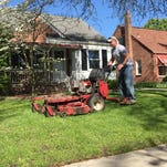 Uber-like app links customers to lawn mowing services