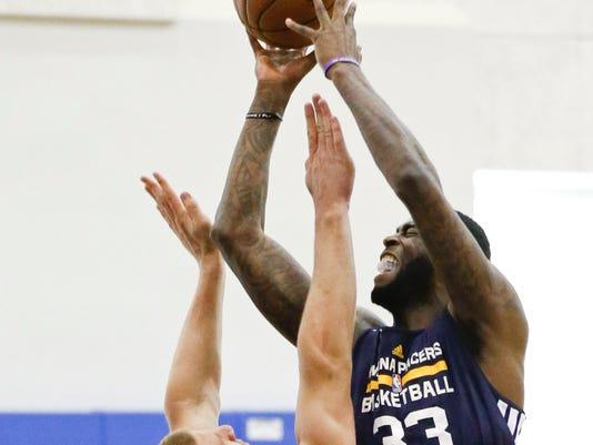 Pacers_Celtics_Basketball_DOA105_WEB122601
