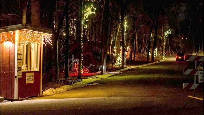 Lights in Lincoln Park, running Nov. 25-Dec. 29 at Manitowoc's Lincoln Park Zoo, is a major fundraiser for the zoo.