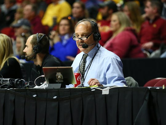 Drake men's basketball broadcaster Larry Cotlar works