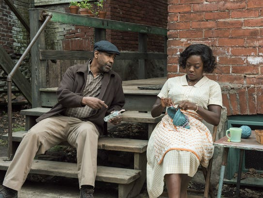 Denzel Washington and Viola Davis in 'Fences.'